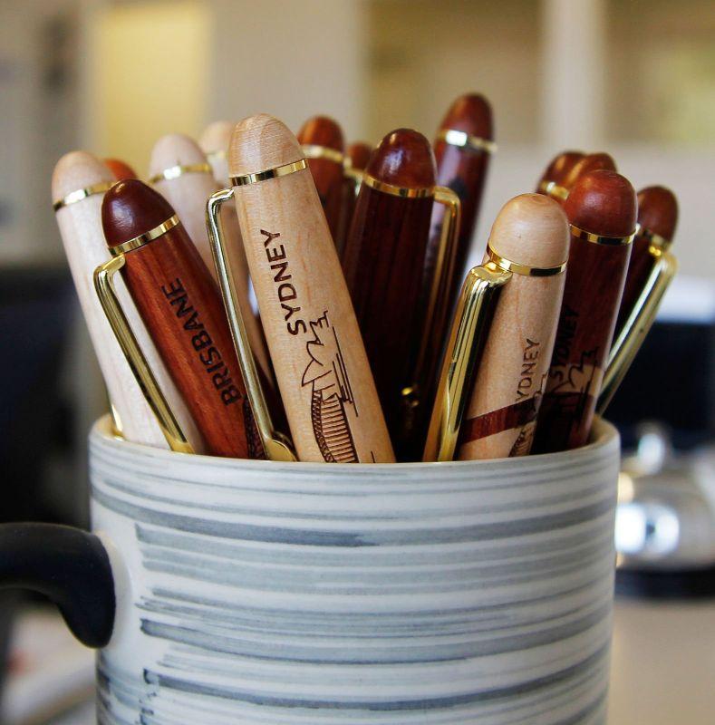 simcrawcour pens