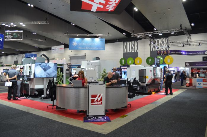 austech haas stand 2019 web